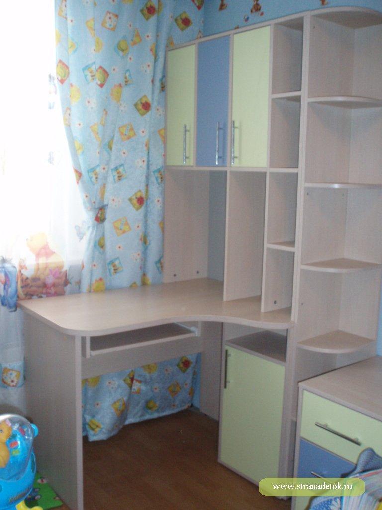 Кровать-чердак+ стол-стеллаж-торг детская мебель / другое мо.